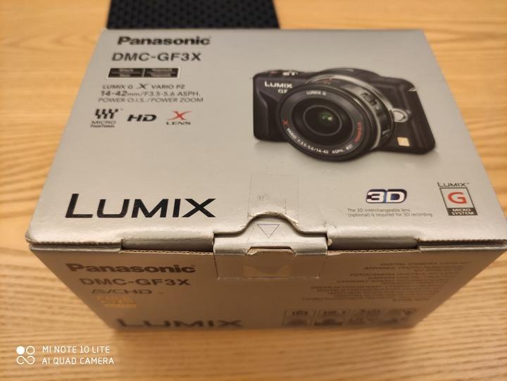 Panasonic GF3 + 14mm f2.0 盒裝完整 含兩顆電池及原廠外接充電器