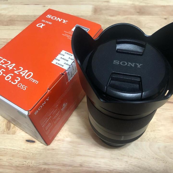 SONY SEL240 24-240MM旅遊鏡 (水貨)