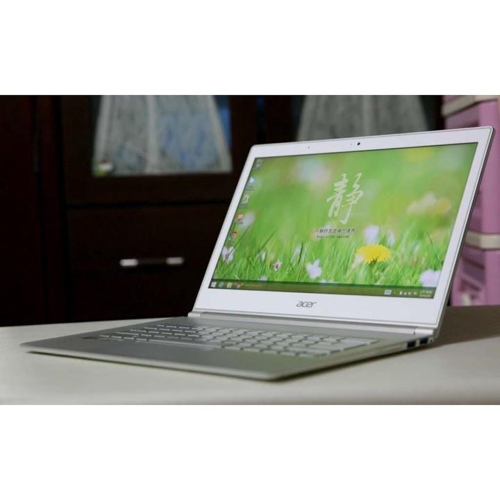 【出售】Acer 13.3吋 i7四核 超輕薄 FHD可觸控螢幕(SSD硬碟)