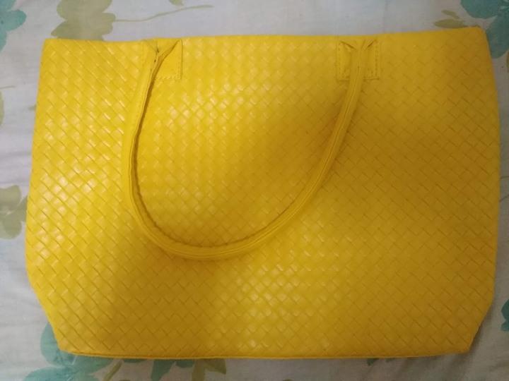 全新LuLu Lolita時尚壓紋編織包(含防塵套)