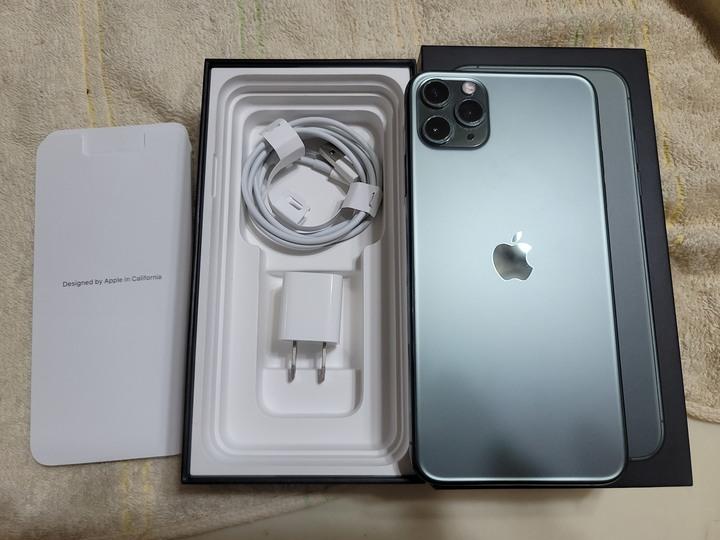 iPhone 11 Pro Max 64G夜幕綠
