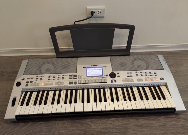 YAMAHA電子琴 PSR-S500