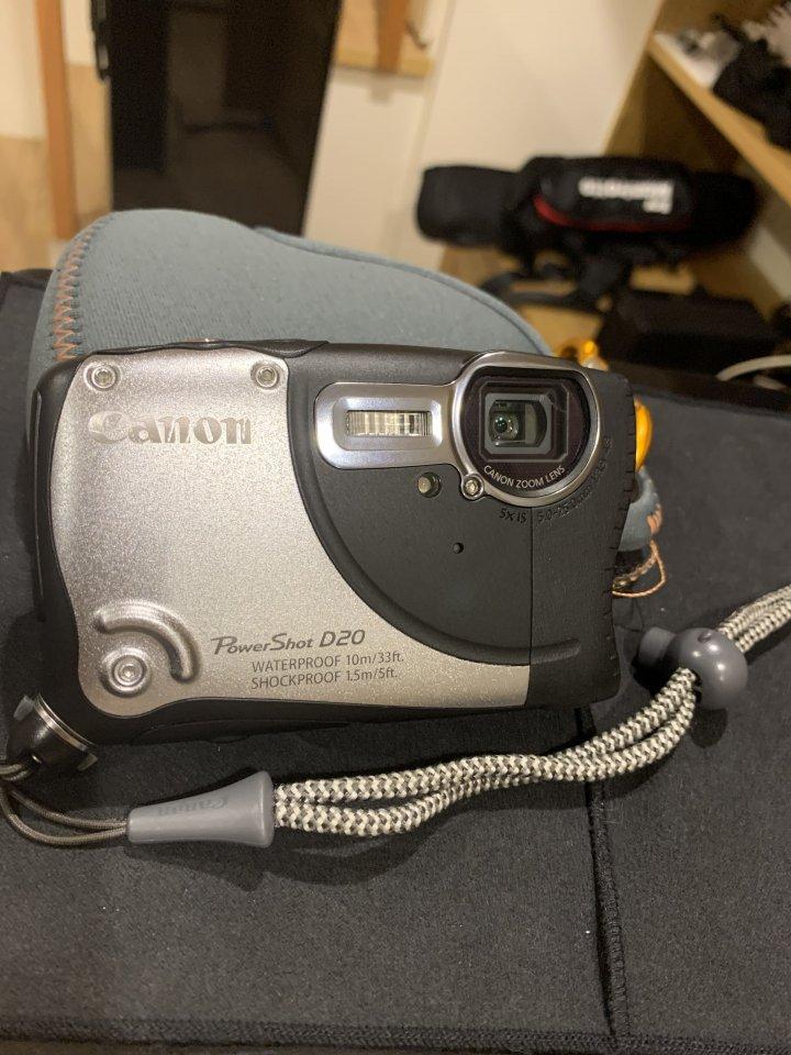 佳能防水數位相機 D20