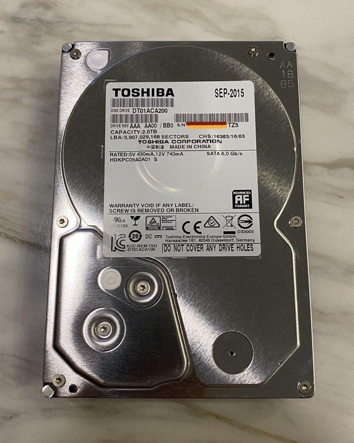 TOSHIBA 2Tb 良品硬碟 3.5吋
