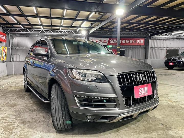 53.8萬買到顏值極高休旅車!同樣是休旅車怎麼奧迪就那麼香啊! 正2011年出廠 Audi Q7 3.0 TDI quattro 水泥灰