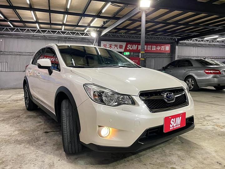 不用半百!進口休旅車!簡單成家!一通電話!我幫你完成 正2013年出廠Subaru XV 2.0 i-S 象牙白 汽油最頂配 。 運動休旅車+大空間+水平對臥引擎+全時四驅=XV 新車115萬