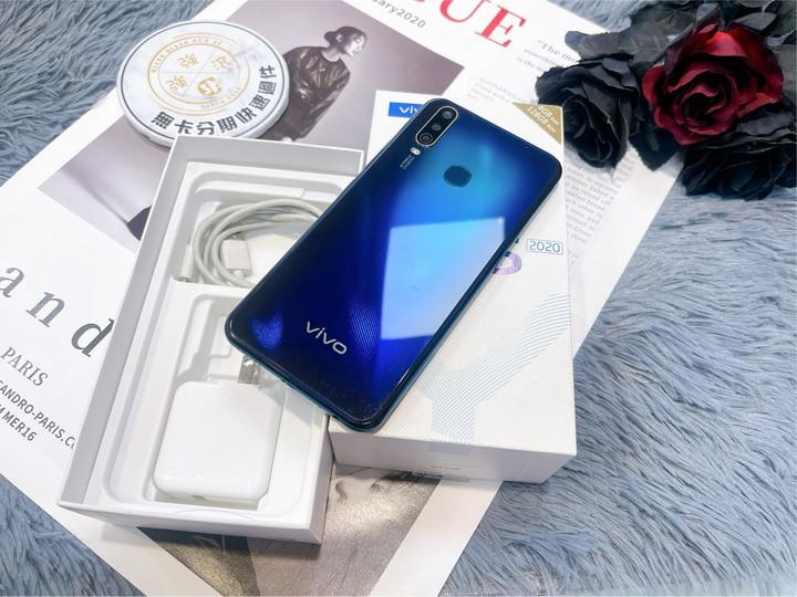 二手Vivo Y15(2020) 128G藍黑