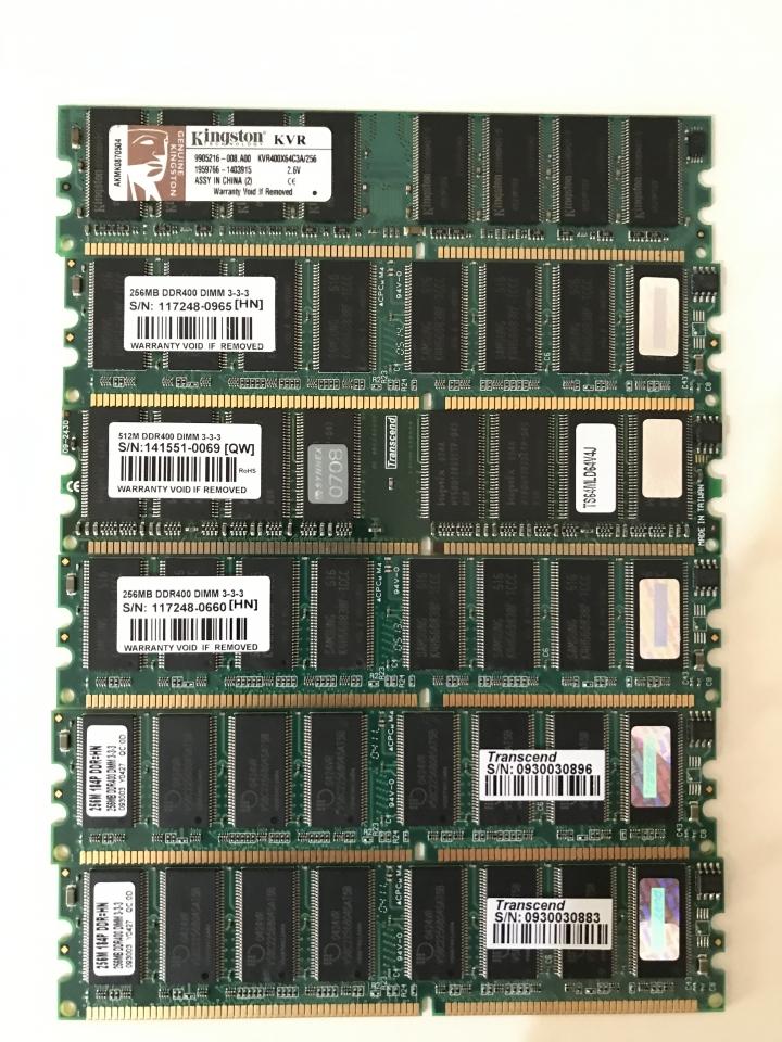 DDR 400 / 256MB