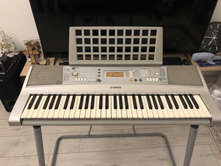 YAMAHA PSR E303 61鍵 電子琴