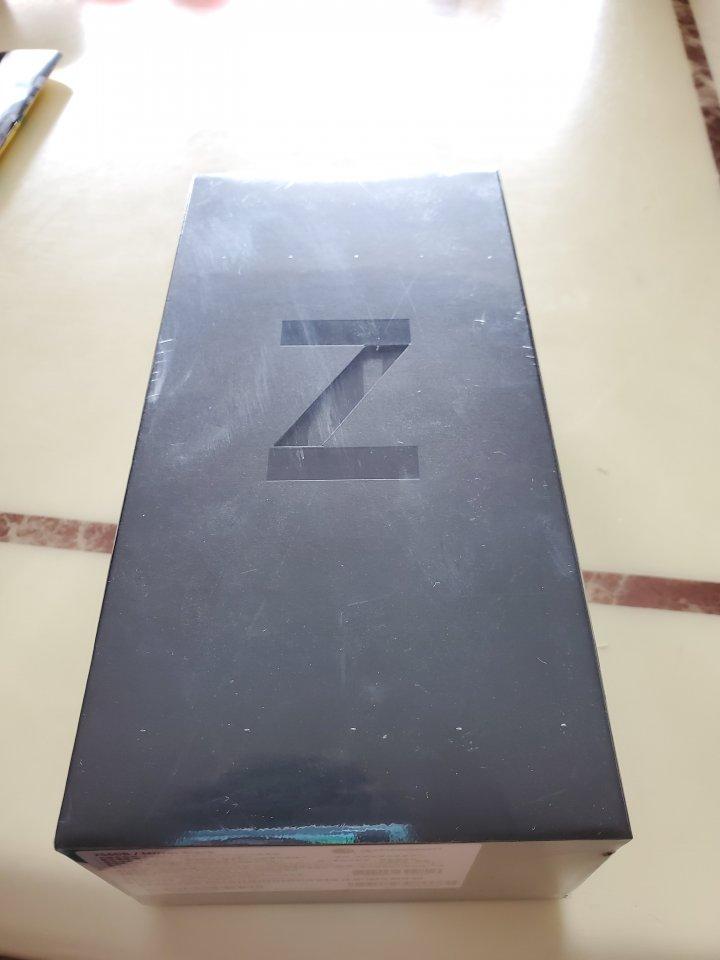 全新Samsung Z Flip 黑 折疊機 $39000