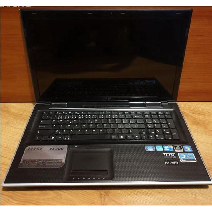 MSI FX700 ( MS-1751 ) 17.3吋 筆電、除D殼一角破損外其他均正常、零件機賣需要甚麼歡迎發問