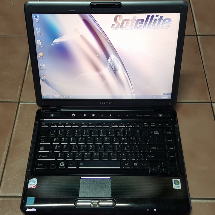 東芝 Satellite M300 14.1吋雙核筆電、3GB記憶體、320G硬碟、遊戲獨立顯示卡、DVD燒錄機、藍芽
