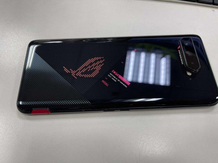超新無傷華碩 ROG Phone 5 ZS673KS rog5 16g/256G 黑