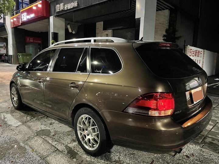 換車了 自售 稀少的VW GOLF 6代 VARIANT 2012年領牌 車況很好,內外如新,歡迎實地看車