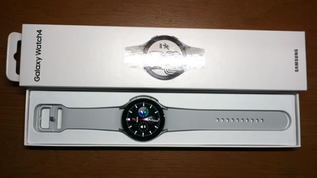 三星 Galaxy Watch 4 44mm 鈦灰銀 藍牙版 2年保