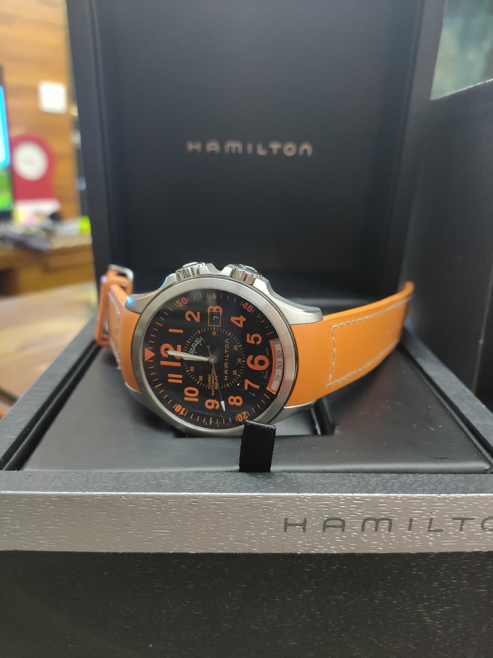 Hamilton 璀燦橘黑機械錶