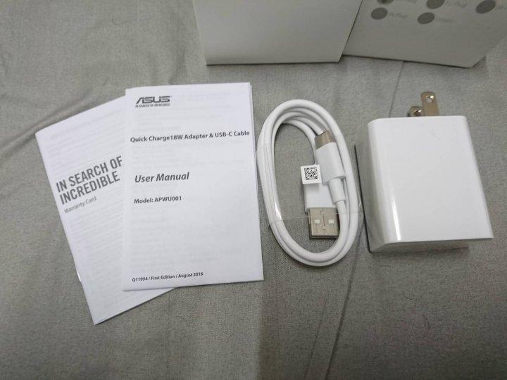 ASUS原廠配件5V/9V2A QC3.0快充頭+Type-C(Zenfone4/Pro/5Z)