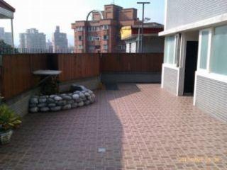 台北市稀有一樓花園別墅大套房出租,近捷運及公車站,社區方便停車,請詳閱租屋內容後,合意者再電洽