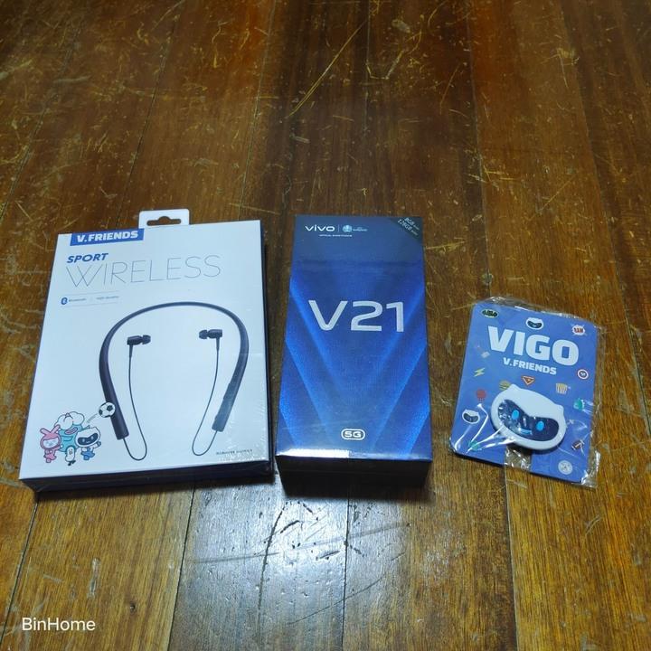 Vivo V21 5G,8G/128G,奇幻電音,全新,遠傳保固,享有手機保險一年