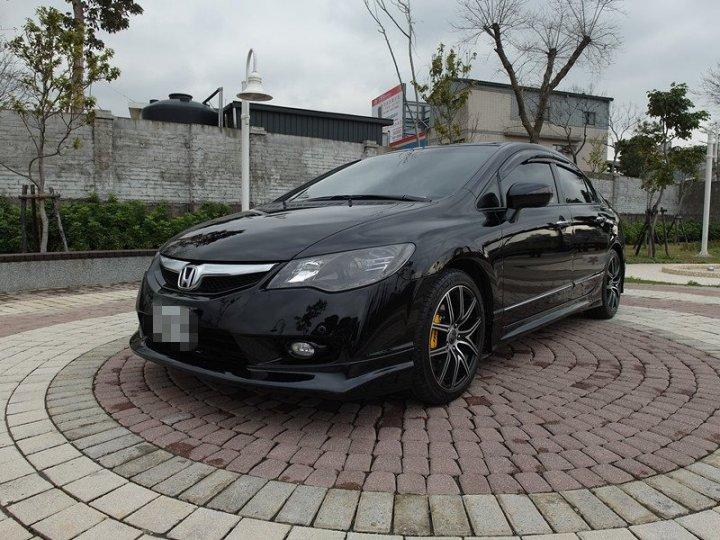 2009 Honda Civic 1.8 黑 配合全額貸、找錢超額貸 FB搜尋 : 『阿文の圓夢車坊』