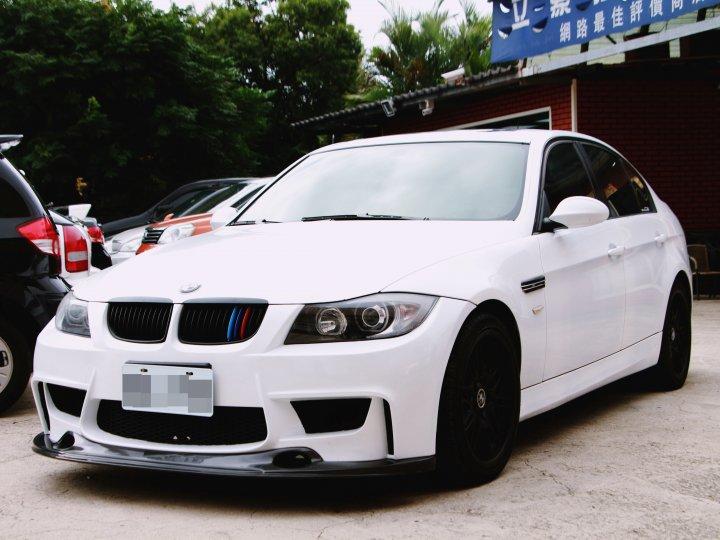 2005 BMW 320i 2.0