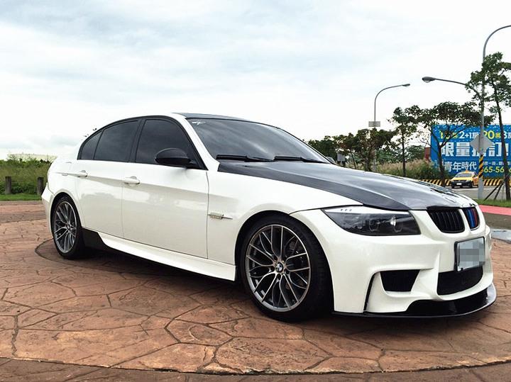 2006 BMW 320I 2.0 白 配合全額貸、找 錢超額貸 FB搜尋 : 『阿文の圓夢車坊』
