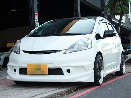 2010 Honda FIT 1.5 白 配合全額貸、找錢超額貸 FB搜尋 : 『阿文の圓夢車坊』