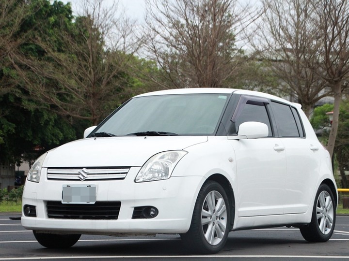 2006 Suzuki Swift 1.5 白 配合全額貸、找 錢超額貸 FB搜尋 : 『阿文の圓夢車坊』