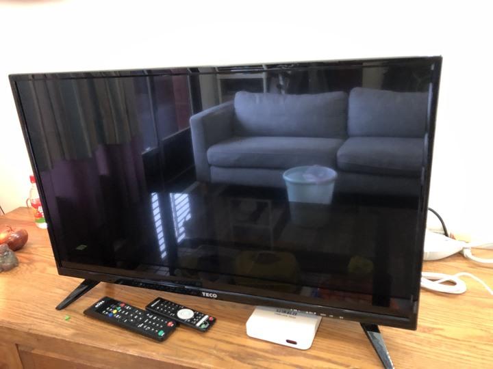 (9.9成新)TECO東元 32吋 液晶顯示器 TL32K1TRE + 視訊盒