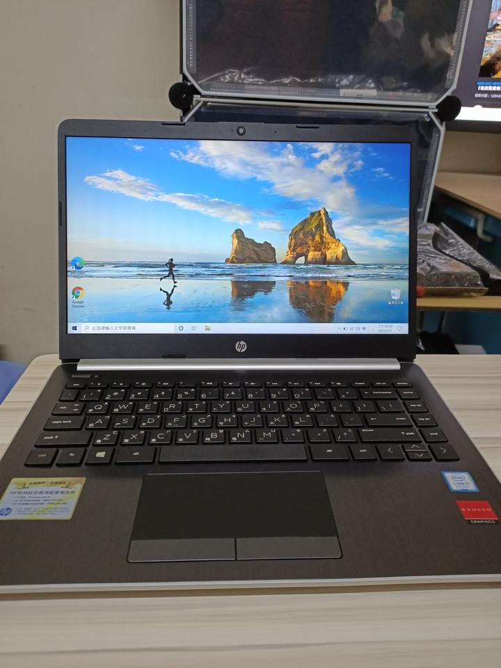 HP Laptop 14s-cf1004TX  i7-8565U[14吋][4核心八執行緒][16g記憶體][硬碟m.2 pcie 256g+1tb硬碟  ][相機正常][FHD螢幕][繪圖卡獨顯]