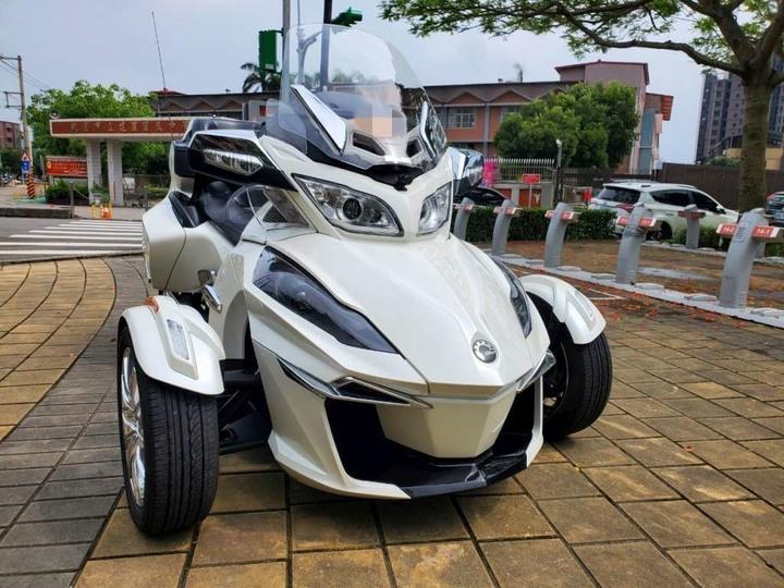售 2015年 CAN AM RT旗艦三輪車 安東公司車