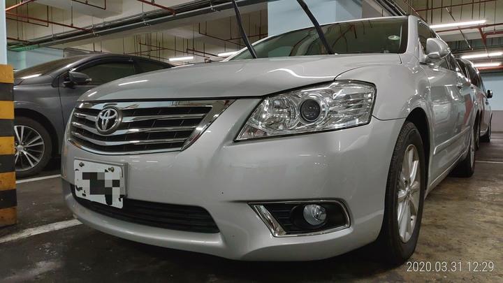 售2009 Camry 2.0E 銀色,僅跑5萬6千多公里