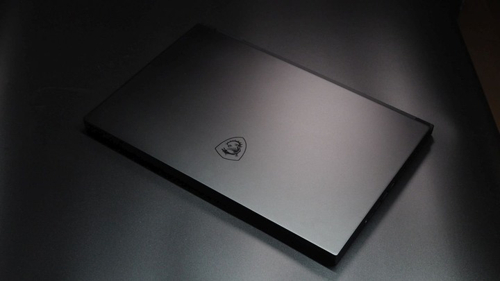 MSI 全新未拆 15吋 頂尖i9-10980HK 2080 2T 32G 保固 現貨 刷卡分期零利率 無卡分期