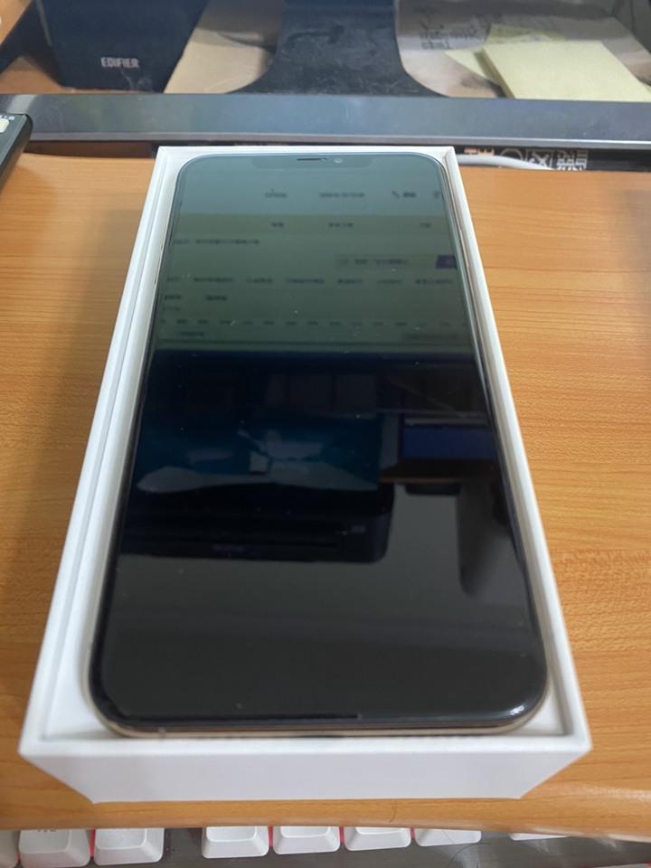 Iphone XS MAX 64G 玫瑰金