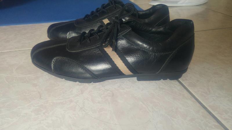 新品 - 真皮時尚休閒皮鞋