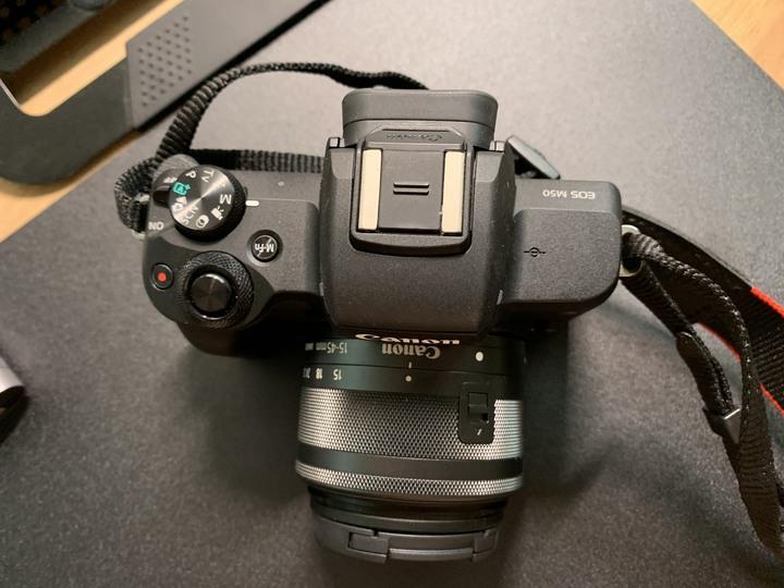 canon M50 (含15-45mm鏡頭)