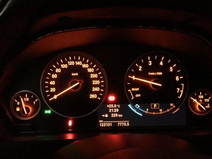 (自售) 總代理 2012 328I Luxury
