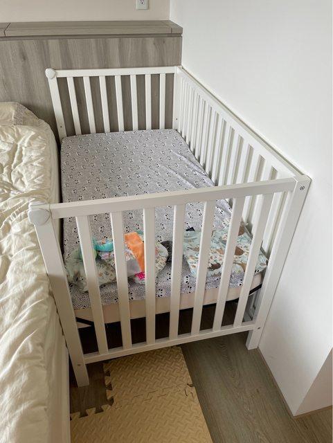 喬依思 4合1 嬰兒床 附 床墊 床包