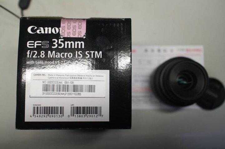 Canon EF-s 35 F2.8 IS Marco STM 微距鏡,公司貨9成新