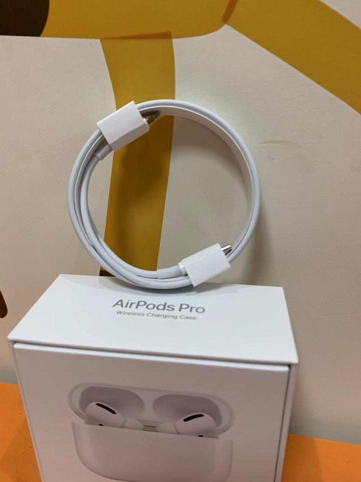 [全新] Apple原廠傳輸線 USB-C 對 Lightning 連接線 (1 公尺) 1M MFI TypeC