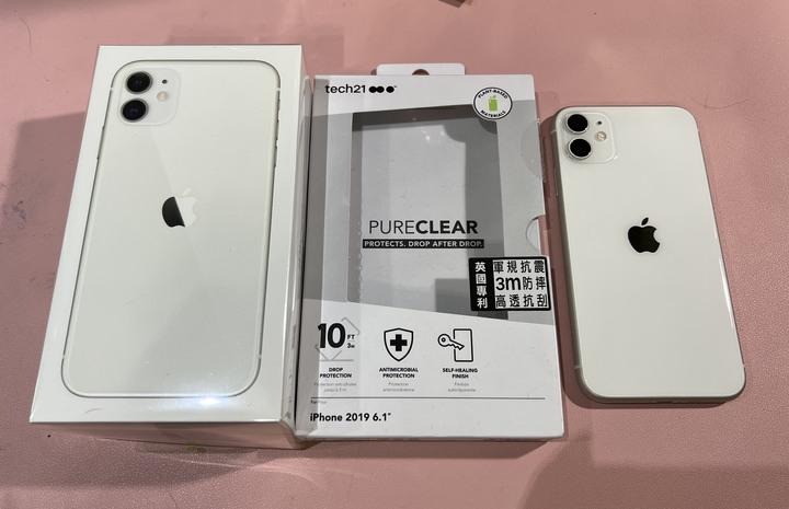 iPhone se 白色 64G & iPhone 11 軍規保護殼