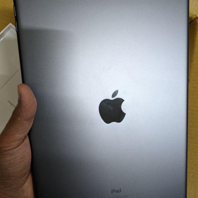 [售] 二手 蘋果 APPLE iPad 2018 第六代 wifi版 黑色128g 高CP值