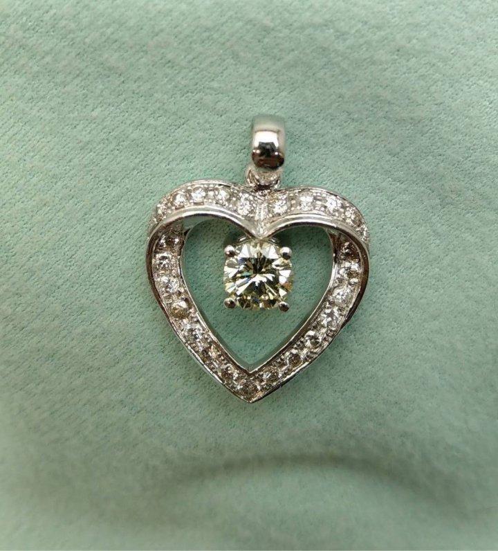 60分 鉑金鑽石墜飾