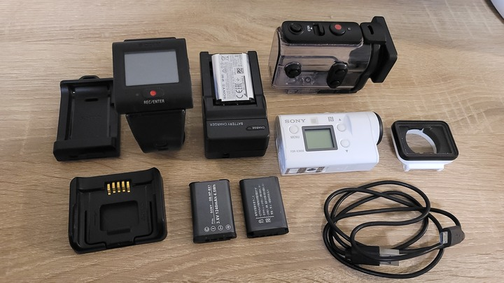 SONY X3000R 4K運動攝影機+三軸穩定器(swiftcam M4S DC版)