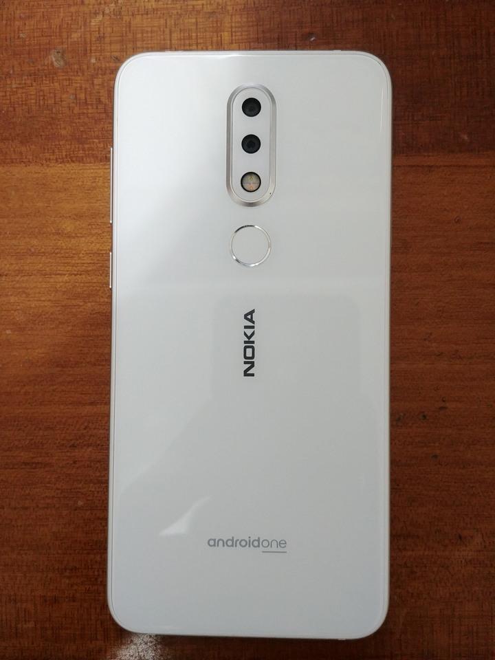 Nokia 6.1 Plus 4GB/64GB 八核心 1600 萬畫素(後双鏡頭) 5.8 吋