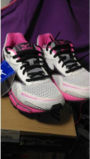 正原廠 美津濃女慢跑鞋 零碼促銷900