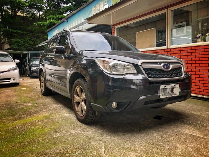2015 Subaru Forester 2.0XT 黑