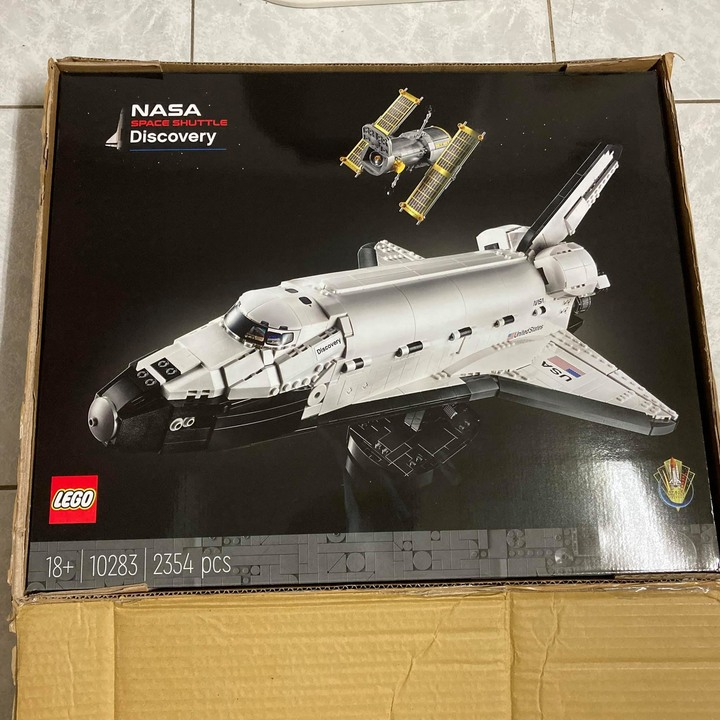 LEGO 10283 NASA SPACE SHUTTLE Discovery 樂高 太空梭