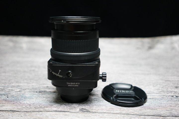 Nikon PC MICRO Nikkor 85mm F2.8 D  微距 移軸