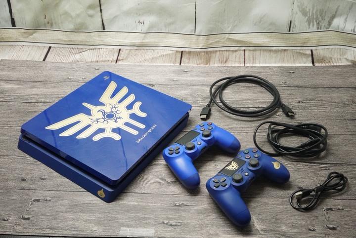 SONY PlayStation 4 PS4 CUH-2017B 1TB 勇者鬥惡龍XI 11 羅德版 限定 雙手把